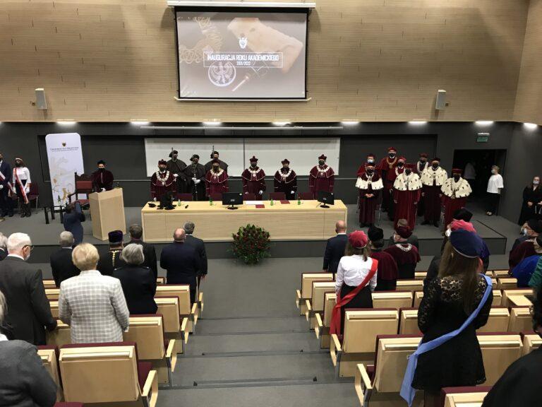 Inauguracja roku akademickiego 2021/2022 na UMW